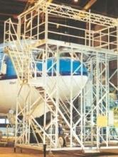 Boeing_777_cockpitwindowdock_1_.jpg