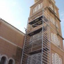 Mobilūs bokštiniai pastoliai