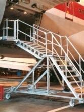 cargo_bay_stairs_1_.jpg